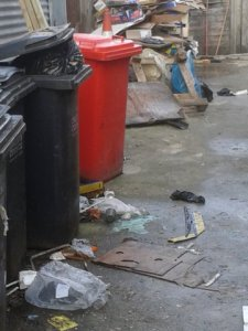 TRADE WASTE BEHIND SHOPS-13 & 14-RATS-VERMIN